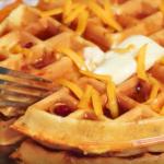 Netradičné syrové wafle s prekvapením
