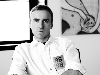 Raf Simons končí ako šéfdizajnér Calvin Klein