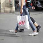 H&M nahrádza plastové tašky papierovými