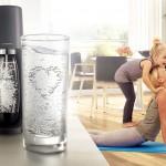 Pijeme čoraz viac sladeného nealka. Nechutí vám voda? Pomôže SodaStream!